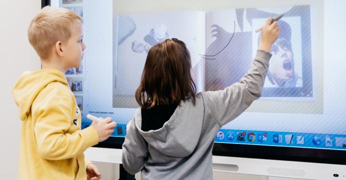 Kids using the Smart Board